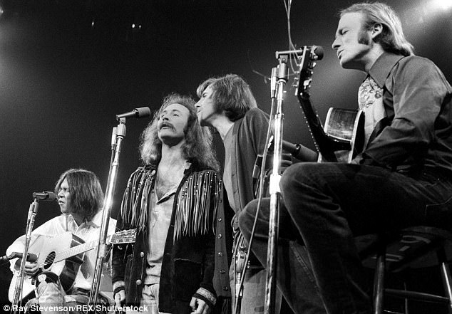 3F8A030D00000578-4438070-Reunion_Crosby_Stills_Nash_and_Young_pictured_in_the_70s_l_r_Nei-a-31_1492978365702