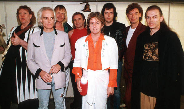 Yes-band-supergroup-inducted-Rock-and-Roll-Hall-of-Fame-2017-745664