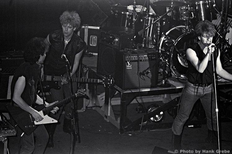 U2-22Feb1982-Concert-041