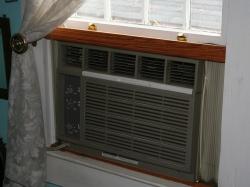 2012-09-11_005 220v Air Conditioner