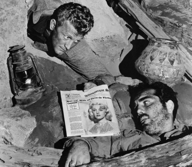 Ace_in_the_Hole_1951_Cave_Scene_Kirk_Douglas_and_Richard_Benedict