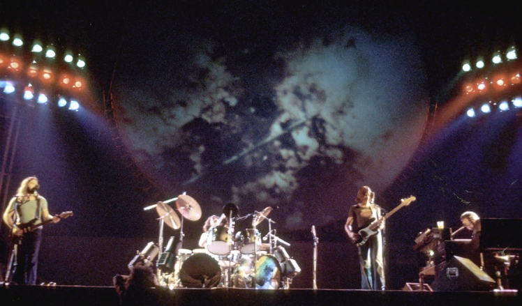 1-pink-floyd-live-in-la-michael-ochs-archives